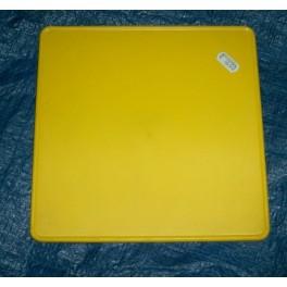 Placa portanumeros cuadrada amarilla